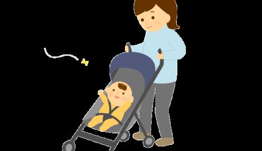 ベビーカーを揺らしながら赤ちゃんと散歩している母親のイラスト